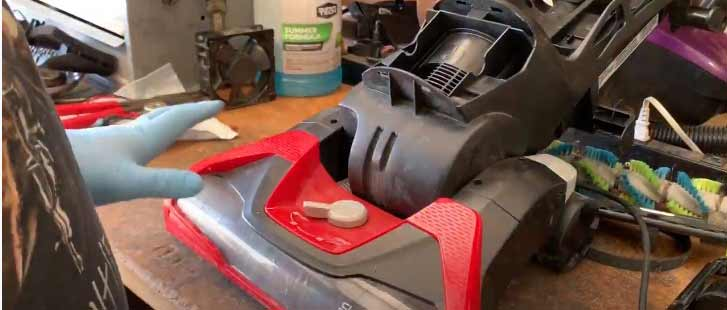 how to take apart a dirt devil vacuum cleaner