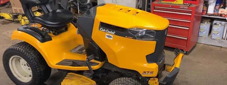 Cub Cadet XT2 Lawn Tractor