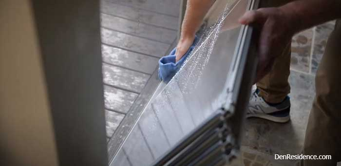 how to clean Eze-Breeze windows